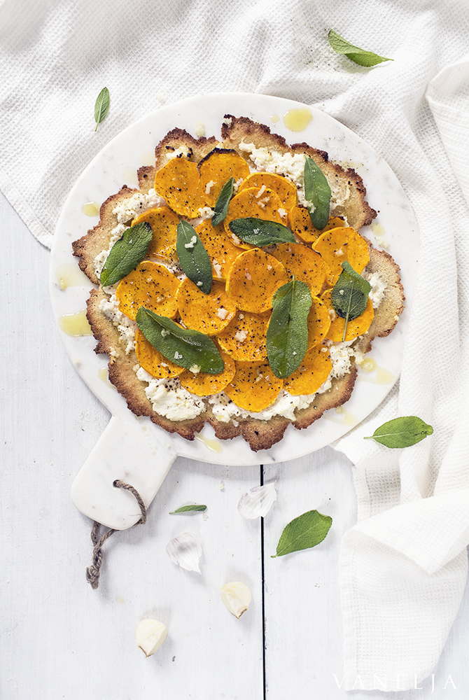Enjoyistic butternut squash and sage pizza