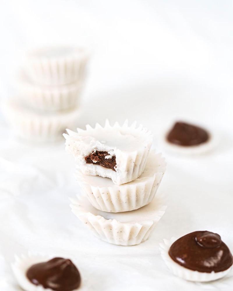 Vaniljakookosnapit suklaasydämellä